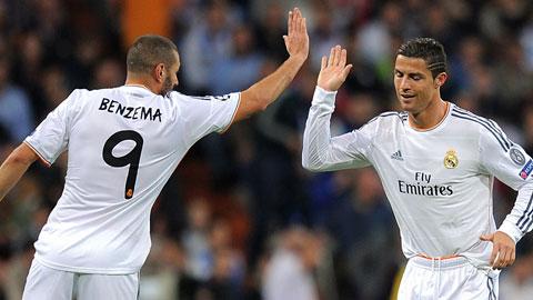 """Ronaldo """"khó ở"""" khi vắng cạ cứng Benzema"""