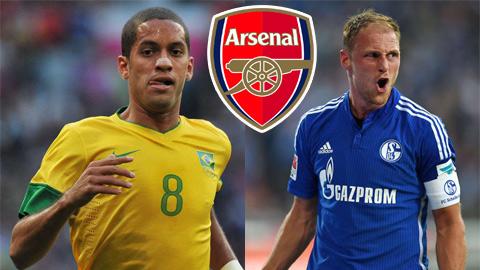 Arsenal theo đuổi Howedes và Romulo