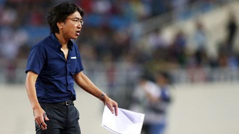 HLV Miura: Chuyên nghiệp ngay cả khi buồn