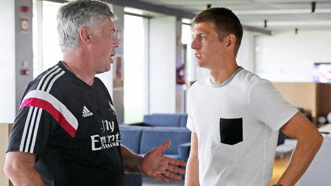 """Real Madrid: Đến lúc bảo dưỡng """"động cơ"""" Kroos"""