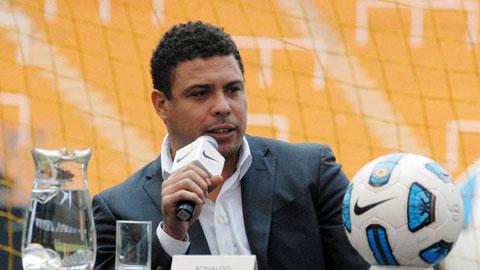 """Ronaldo """"béo"""" có thể tái xuất sân cỏ"""