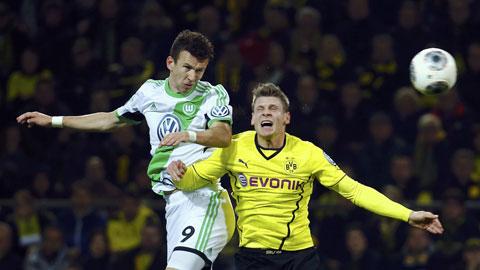 02h00 ngày 18/12, Dortmund vs Wolfsburg: Thời của Wolfsburg!