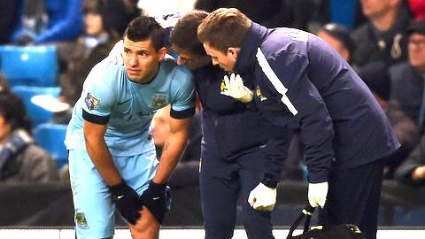 Tin kém vui cho Arsenal & Chelsea: Aguero tái xuất sớm