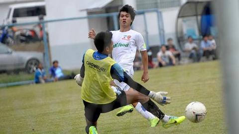 Công Phượng lập cú đúp giúp HA.GL đánh bại Á quân Thai Premier League 2014