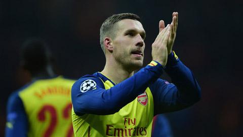 Tổng hợp chuyển nhượng (25/12): Arsenal giải thoát cho Podolski