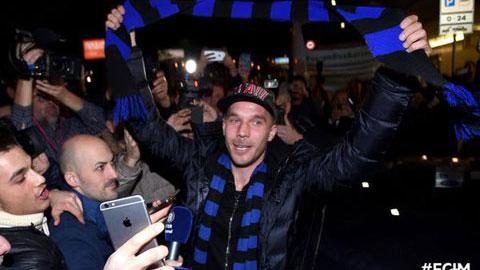 Podolski sung sướng vì rời khỏi Arsenal