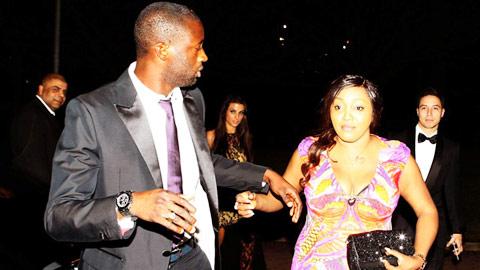 """Yaya Toure sợ nhất """"gái lạ"""" khi ra đường"""