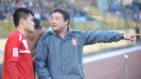 HLV Trương Việt Hoàng: