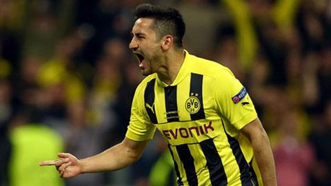 Dortmund chuẩn bị bán rẻ Guendogan cho M.U