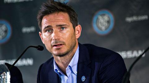 Quá nhiều rắc rối xung quanh hợp đồng của Lampard
