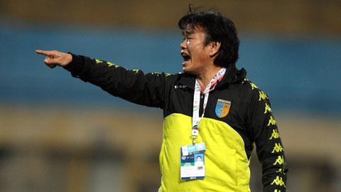 HLV Phan Thanh Hùng bất ngờ khi HN.T&T thắng Than.QN