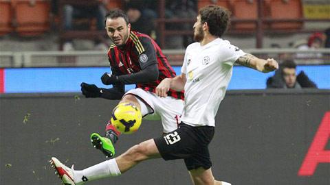 03h00 ngày 14/1, Milan vs Sassuolo: Milan không muốn bị loại sớm!