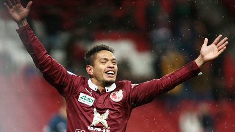 Xong Nastasic, Schalke săn tiếp Eduardo