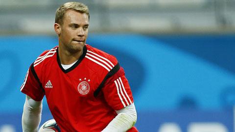 """Manuel Neuer: """"Không thích thảm đỏ, chỉ thích cỏ xanh"""""""