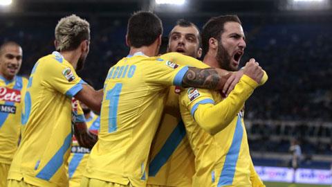 Lazio 0-1 Napoli: Higuain đưa Napoli vào Top 3