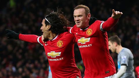 Lương tháng của Rooney nhiều hơn cả đội bóng