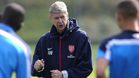 Arsenal sẽ không từ bỏ lối chơi kiểm soát bóng
