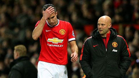 Van Persie thừa nhận tương lai bấp bênh ở Man United
