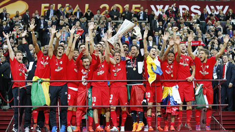 Những khoảng khắc đẹp ghi lại chức vô địch lịch sử của Sevilla