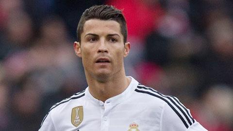 Bất mãn với Perez và Benitez, Ronaldo tính rời Real