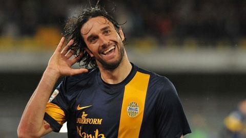 Luca Toni phá kỷ lục cầu thủ già nhất giành Vua phá lưới Serie A