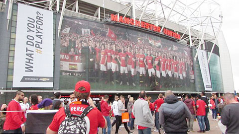 Vé cả mùa 2015/16 của M.U bán hết trong thời gian kỷ lục