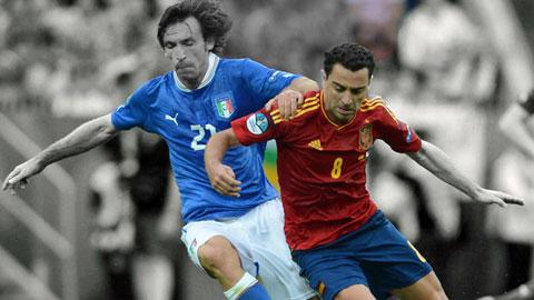 Pirlo vs Xavi: Ai vĩ đại hơn ai?