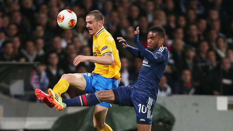 Juventus trước nhiệm vụ ngăn chặn Messi: Bonucci, hãy là Nesta mới