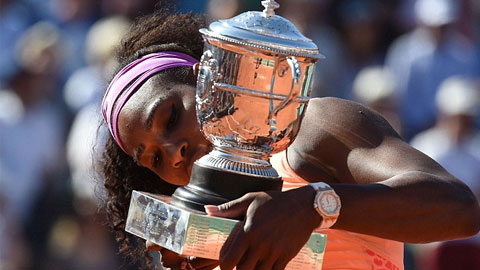 """""""Độc cô cầu bại"""" Serena Williams và """"gã câu giờ"""" Djokovic"""