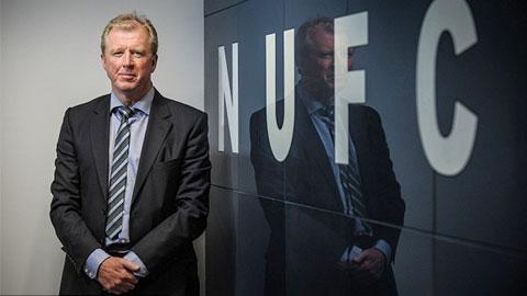 Newcastle bổ nhiệm Steve McClaren vào vị trí HLV trưởng