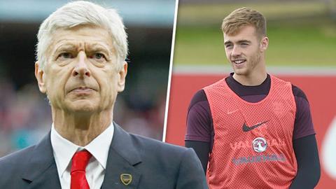 Arsenal bị tố vi phạm quy định chuyển nhượng