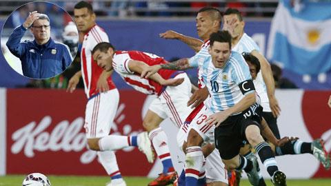 Argentina bị Paraguay cầm hòa 2-2: Tỉnh lại đi, Martino!