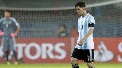 Từ chối nhận giải thưởng, Messi vẫn không bị phạt