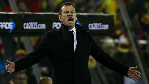 Thất bại đầu tiên trước Colombia sau 24 năm, Dunga tố đối phương chơi bẩn