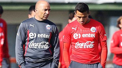ĐT Chile: Alexis Sanchez đau cơ, HLV Sampaoli… đau đầu