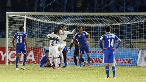 Than Quảng Ninh 2-5 Hà Nội T&T: Chủ nhà vỡ trận ở 21 phút cuối
