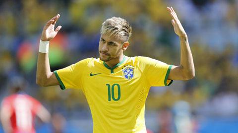 Neymar đã tự tước bỏ cơ hội giành Quả bóng Vàng như Suarez