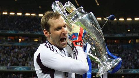 11 năm đầy ắp kỷ niệm của Cech với Chelsea