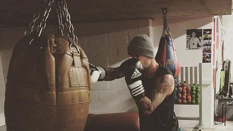 Beckham tập boxing để giữ phom chuẩn