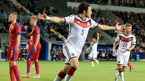 VCK U21 châu Âu: Đức vào bán kết ở ngôi nhì bảng