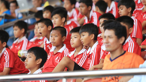 Chùm tin U17 QG báo Bóng đá – cúp Thái Sơn Nam 2015 ngày 2/7