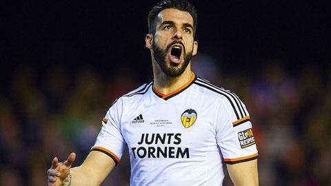 Valencia bỏ gần 30 triệu euro mua đứt Negredo