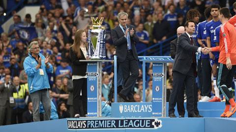 Ghế HLV tại Premier League: Càng khốc liệt, càng lắm ngôi sao!