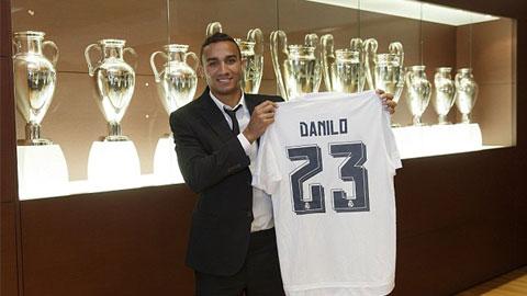 Danilo ra mắt tại Real