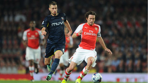 Arsenal tràn trề cơ hội có Schneiderlin