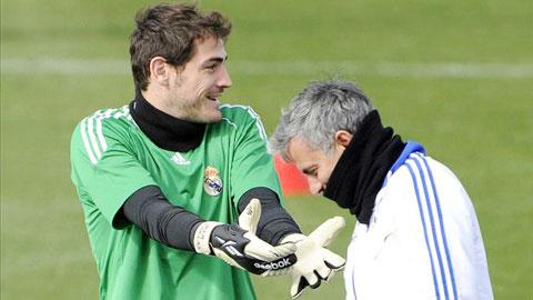 Mourinho đã dự đoán được 'ngày tàn' của Casillas