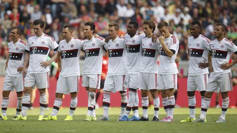 Bayern Munich trắng tay ở Telekom Cup 2015