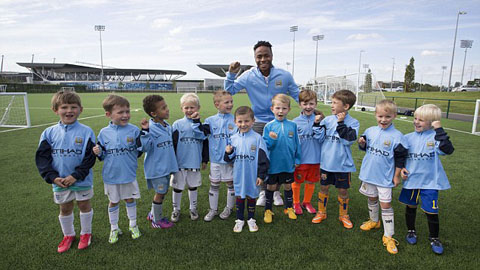 Sterling nói gì trong ngày đầu tiên khoác áo Man City?