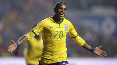 Robinho tái hợp HLV Scolari ở Guangzhou Evergrande