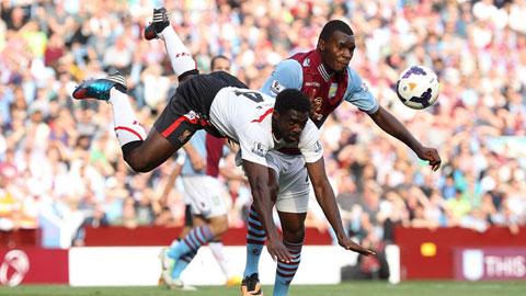 Benteke về Liverpool, Adebayor đến Aston Villa